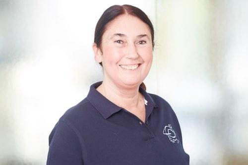 Dr. Marion Busch